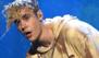 ¡Justin Bieber hizo que lloviera con su presentación en los AMAs!