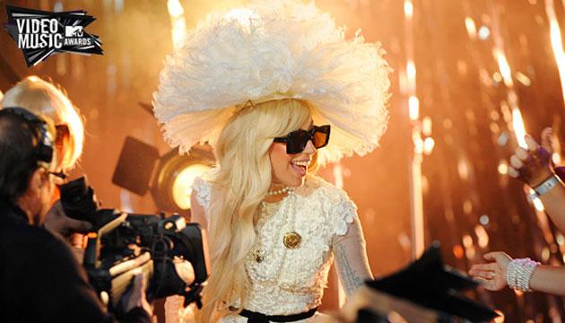 VMA 2011: ¡ENTREVISTA A GAGA!