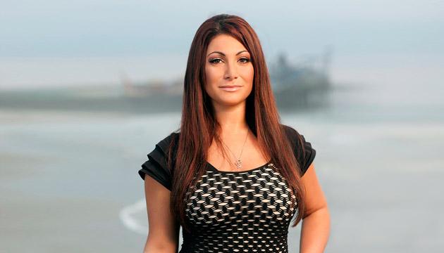 Jersey Shore: Temporada 6 - <b>SAMMI.</b><br/><br/> ¡Mira las fotos de los habitantes de la casa más alocada de MTV! La última temporada estrena el domingo 28 de octubre.