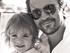 Juanes recuerda a su familia en la distancia
