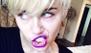 Miley Cyrus imita a Justin Bieber... ¡y le sale IGUAL!