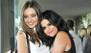 Selena, Miranda y ¿el abrazo más falso de todos?