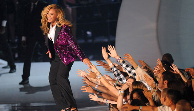 VMA 2011: ¡BEYONCÉ CONFIRMÓ SU EMBARAZO!