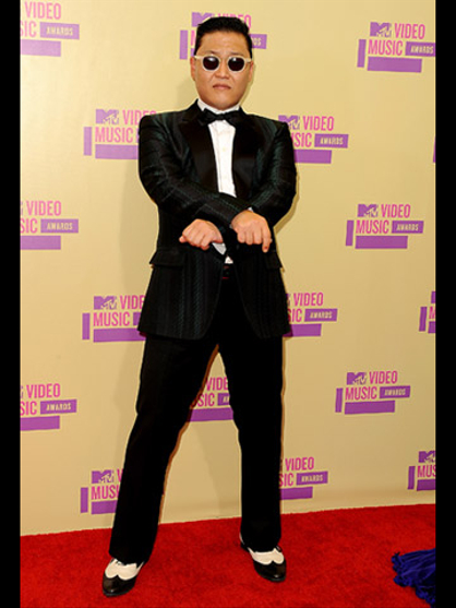MTV VMA 2012: fashionistas - Psy