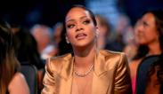 Rihanna revela quién es la rubia que tiene su dinero