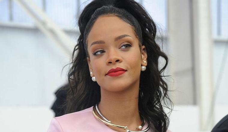 Rihanna es una Barbie en este anuncio