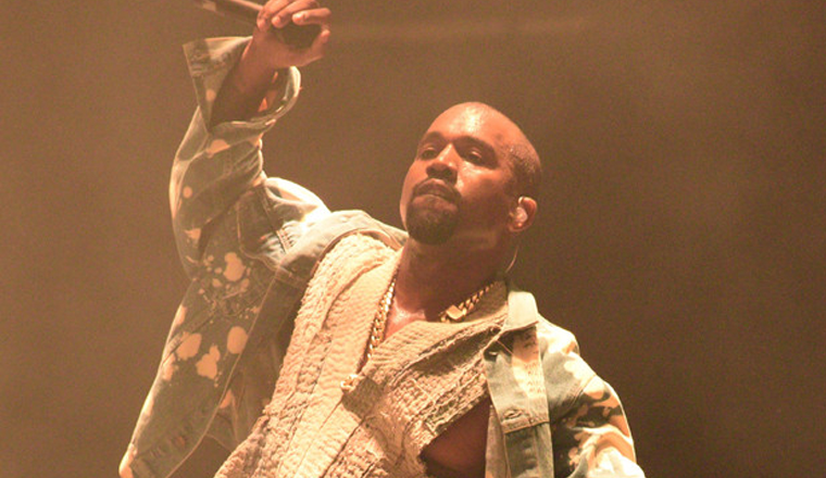Kanye cantando Bohemian Rhapsody y la gente reaccionó