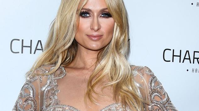 Paris Hilton jura que morirá en esta broma en el avión