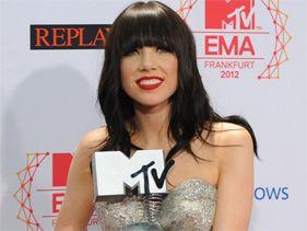 Carly Rae Jepsen defendió a Justin Bieber