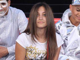 La hija de Michael Jackson trató de suicidarse
