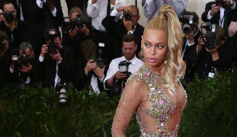 ¡Beyoncé copió su vestido de la #MetGala!
