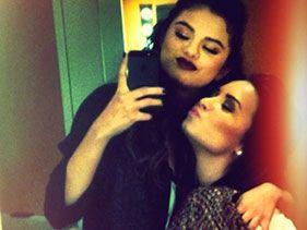 Demi Lovato se solidariza con Selena Gomez