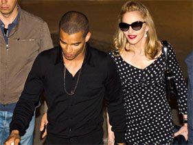 El novio de Madonna lanza una marca de ropa