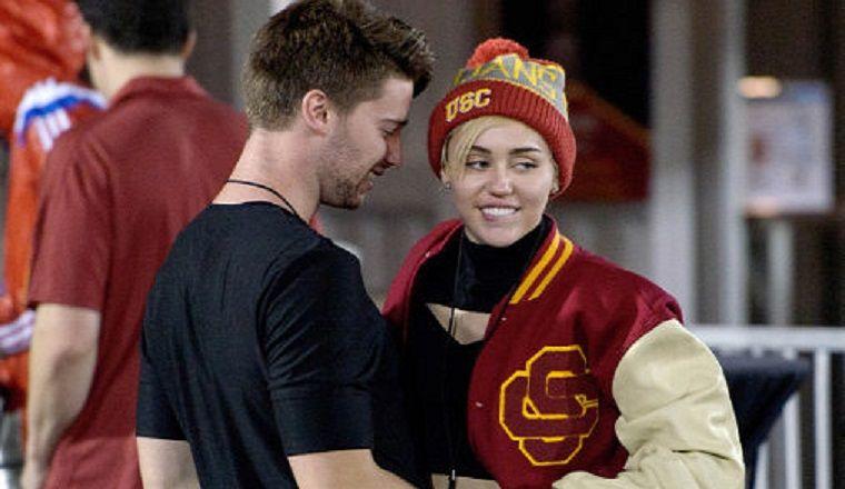 Esto es lo que opina el ex suegro de Miley Cyrus sobre ella