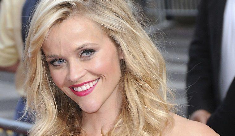 La hija de Reese Witherspoon es prácticamente su gemela