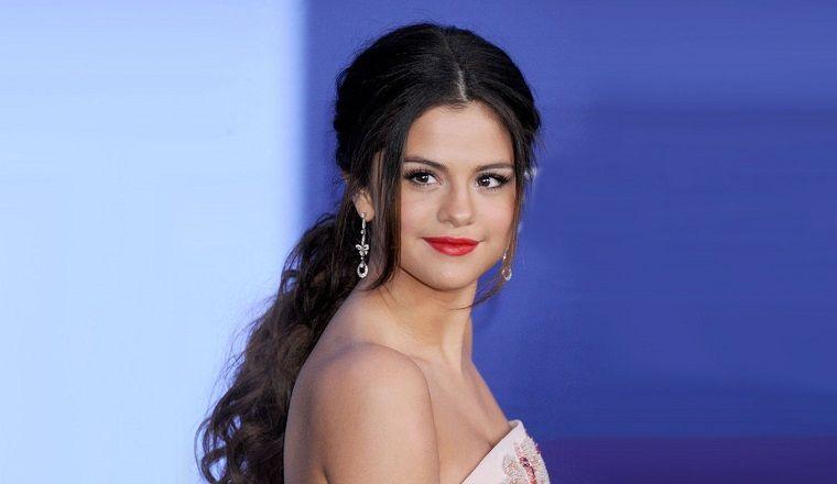 ¡Selena Gómez vuelve a la TV!