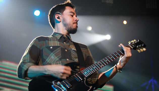 LINKIN PARK: FOTOS DEL SHOW - Mike Shinoda (Linkin Park)